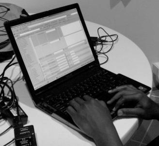 Consulte sobre Ordenadores e Internet